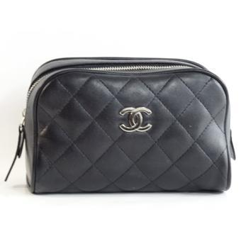 trousse chanel